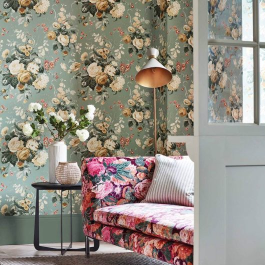 stapleton park wallpaper and very rose and peony fabric 2 530x530 - PAPEL FLORAL INGLÉS STAPLETON PARK 217047